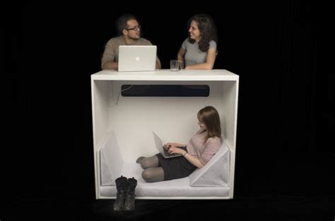 George Costanza Desk by You Can Nap This Desk Like George Costanza Craziest