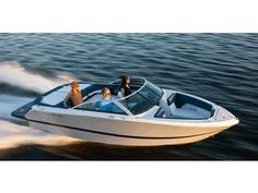 bayliner boats lake george bayliner 175 bowrider girls in bikinis that pop up