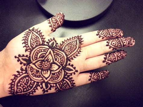 henna tattoo cute easy flower henna simple floral mehendi design