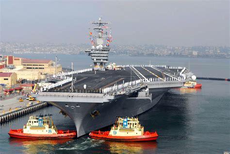 "China's first aircraft carrier platform ""Liaoning ..."