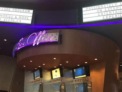 cineplex vancouver cineplex odeon international village cinemas vancouver