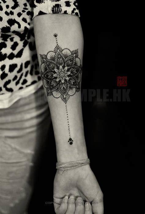 elizabeth gaus tattoo artist  vandallist