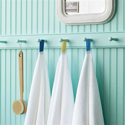 organize and arrange the towels in your bathroom 1223