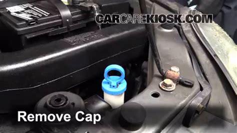 Kia Antifreeze by How To Add Coolant Kia 2001 2005 2004 Kia 1