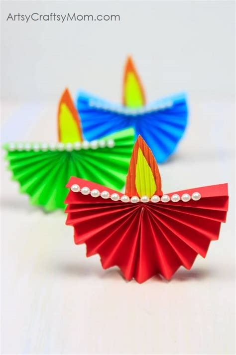 Indian Paper Crafts - accordion fold diwali paper diya craft artsy craftsy