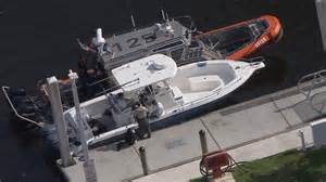 run over by boat diver run over by boat off hollywood authorities say