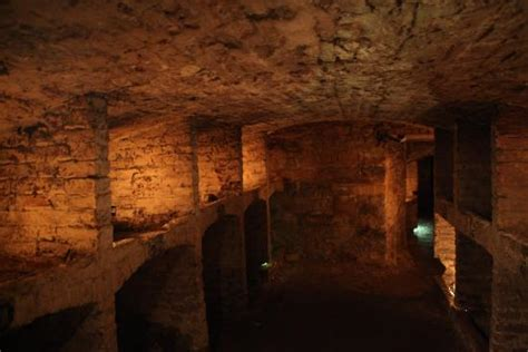 edinburgh historic underground mercat tours mercat tours edinburgh scotland top tips before you go