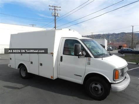 auto body repair training 2002 chevrolet express 3500 parental controls service manual how to replace a 2002 chevrolet express 3500 blower motor purchase used 2002