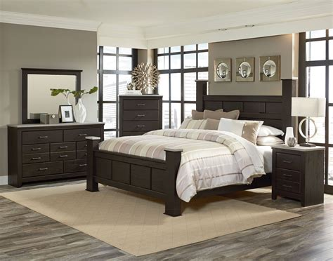 browning bedroom set stonehill brown pecan wood 2pc bedroom set w king kd poster bed bedrooms the