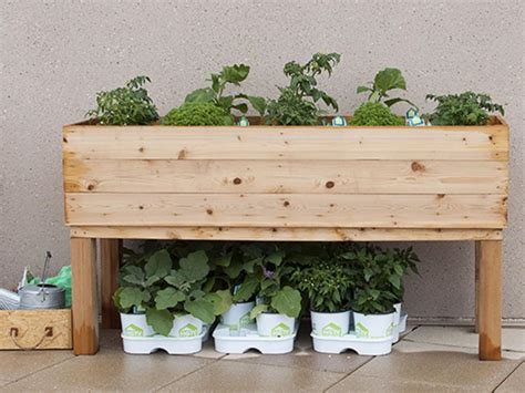 How To Make A Herb Planter by How To Build An Elevated Wooden Planter Box Diy