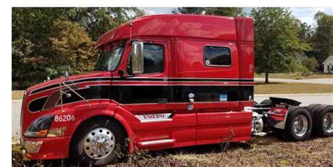 2011 volvo semi truck volvo vnl730 2011 sleeper semi trucks