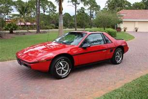Pontiac Fiero Pictures 1984 Pontiac Fiero 2m4