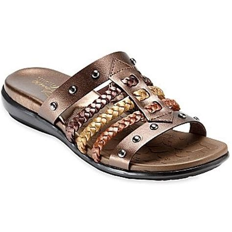 strictly comfort sandals 130 best images about suzee s style on