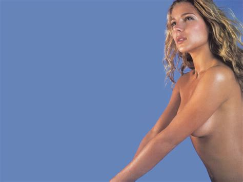 To Bare elsa pataky 9 wallpapers elsa pataky wallpapers pictures