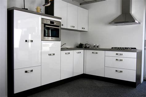 witte hoogglans hoekkeuken showroomuitverkoop nl hoekkeuken wit hoogglans x10 55612