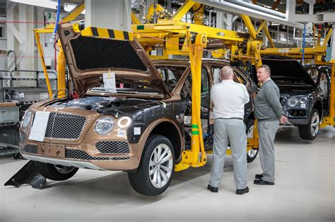 bentley factory bentley motors factory tour 2017 7
