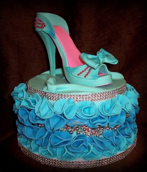 high heel shoes cake top high heel shoe cakes cakecentral