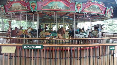 henry vilas zoo lights yet another carousel closed henry vilas zoo madison wi 7