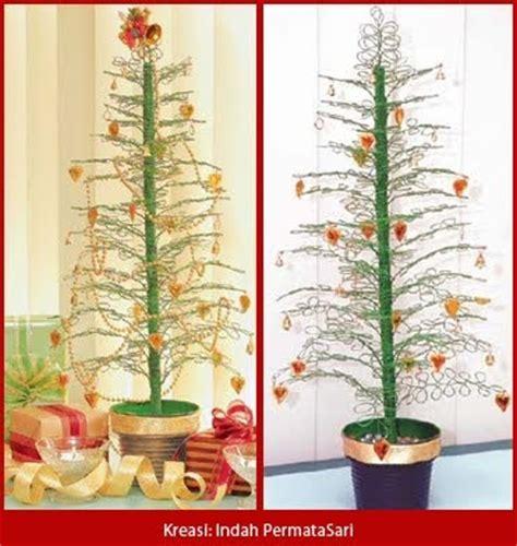 rangkaian bunga natal bikin pohon natal hias  kawat