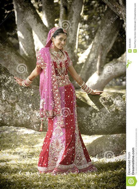 fotos de vestidos de novia hindu vestidos novia hindu