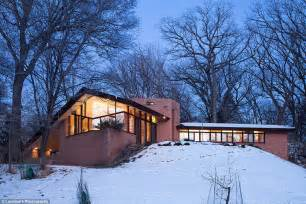 original frank lloyd wright minnesota house for sale minnesota home built by frank lloyd wright is up for sale