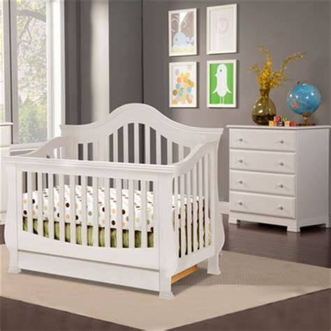 Million Dollar Baby Ashbury Crib White by Million Dollar Baby Classic 2 Nursery Set Ashbury