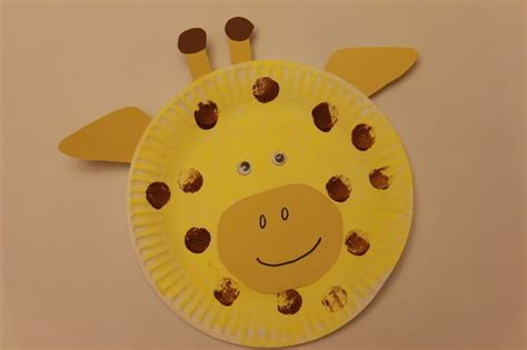 Giraffe Paper Plate Craft - letter of the week g a giraffe craft for out