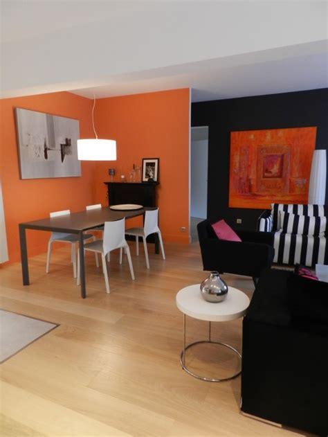 salon noir orange moderne photo 24 murpro salon photo 3 4 3516859