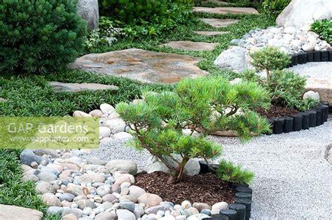 Garden Decorative Bark by Gap Gardens Japanese Style Garden With Pinus In Borders
