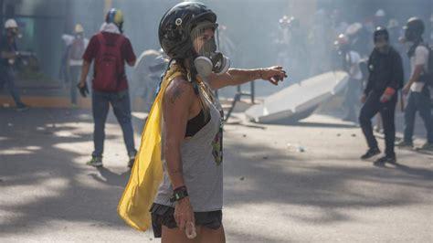 imagenes de venezuela en resistencia wonder woman el rostro de la resistencia en venezuela