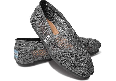 toms shoes on sale toms shoes sale up to 25 plus 5 00 and