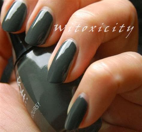 glitter gossip black paparazzi adorned nails koh paparazzi collection witoxicity