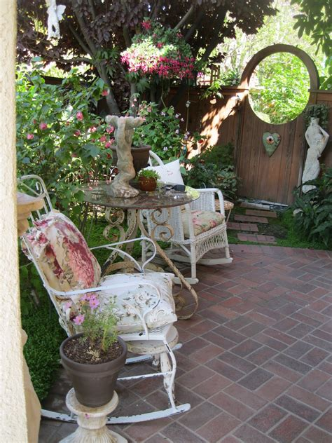 Shabby Chic Garden Decor Shabby Chic Cottage Garden Ideas Photograph Home Decor