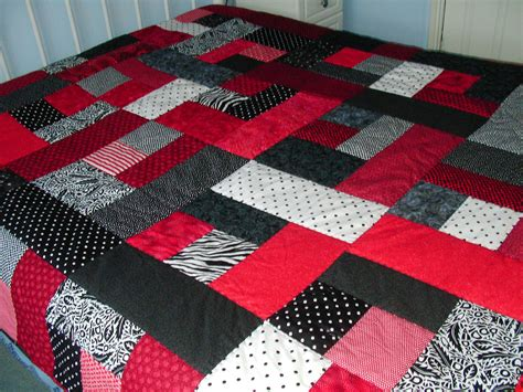 Quilt On A Bed My Quilts Rosewillow S Unfinished Business