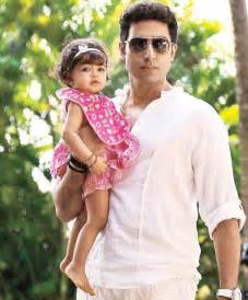 First look: Daddy's girl Aaradhya!
