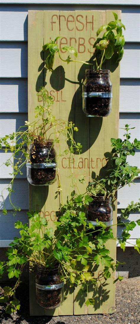 hanging indoor herb garden 17 best ideas about hanging herb gardens on pinterest
