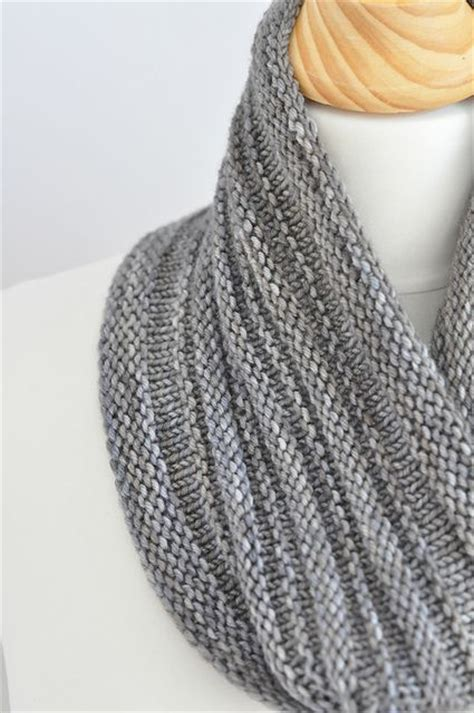 pattern present perfect 17 best images about knit cowls on pinterest cable