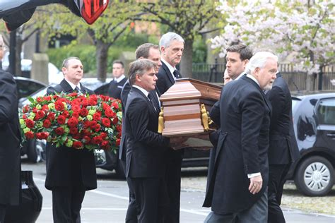 sir arnold clark s funeral glasgow live