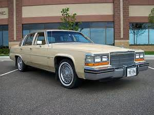 1982 Cadillac Sedan Cadillac 222px Image 1