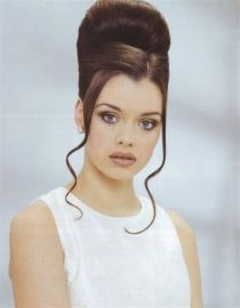 bouffant wedding hairstyle hairstyles weekly cosmetics zone bouffant hairstyle is back