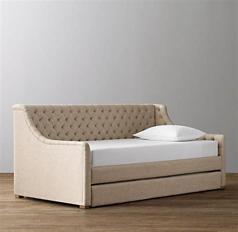 Upholstered Daybed With Trundle Devyn Tufted Upholstered Daybed With Trundle