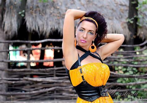 Larisa Colorfull ukraine model larisa from mariupol 54 yo hair color brown
