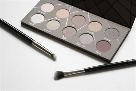 Zoeva Eyeshadow Palette Review zoeva en taupe eyeshadow palette review