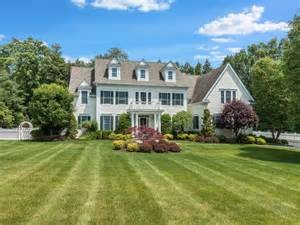 homes for in westchester ny real estate tour 43 fieldstone drive katonah ny