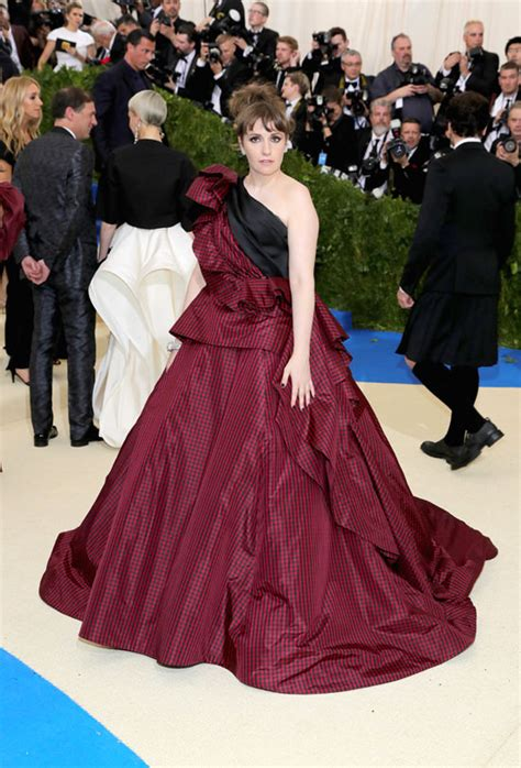 lena dunham red carpet met gala 2017 lena dunham once again thrilled to be here