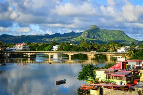 places  visit  mahebourg mauritius   holiday