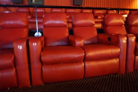Non Reclining Theater Seats by Non Reclining Position Picture Of Crosswoods
