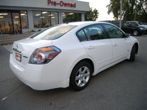nissan hybrid sedan nissan altima hybrid 2009 white sedan hybrid hybrid 4