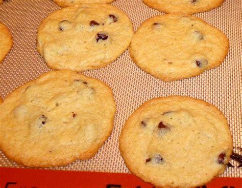 Kue Cookies Almond Crispy almond cheese crispy cookies keju lovelyninda