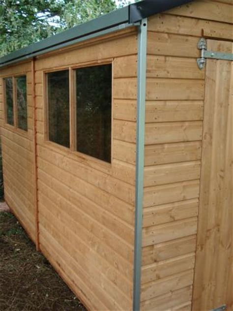 Waterproofing A Shed Roof by How To Waterproof Your Shed Roof In 3 Simple Steps